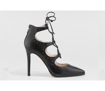 nueva productos f2621 396b1 Zapato abotinado piel negro tacón fino