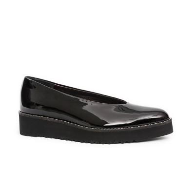 Zapato mujer charol negro piso bloque