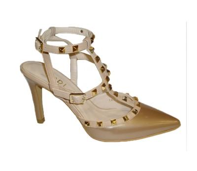 "Zapato modelo ""Valentino"" canela"