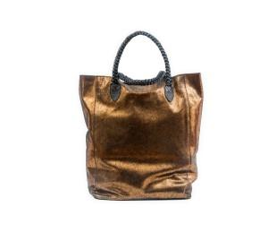 Bolso en metalica color oro viejo con dos asa en piel trenzada negro