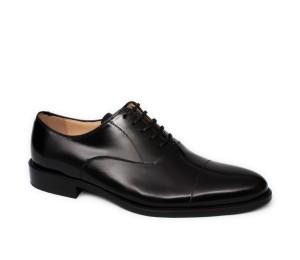 Zapato negro cordones