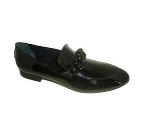 Zapato mujer charol adorno cadena