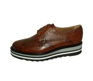 Zapato mujer piel castaña piso bloque