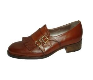 Zapato flecos dos hebillas mujer piel terra