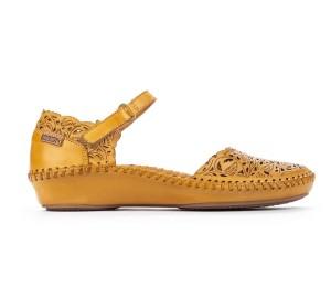 Zapato Vallarta mujer piel troquelada honey cuña baja